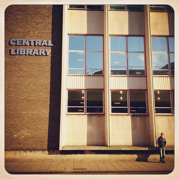 Hull Central Libraryt - walk to work