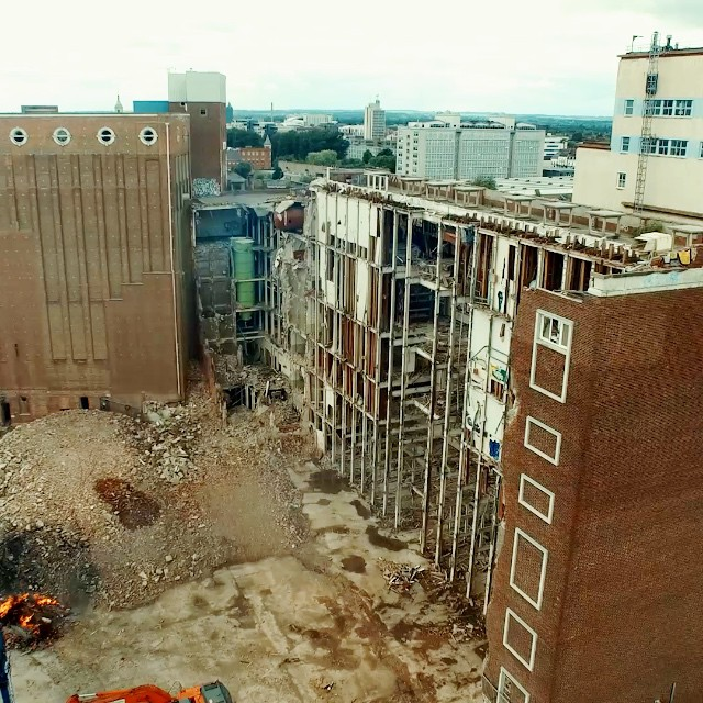 #rankhovis - sad to see this building go and get replaced by an off the peg solution from IKEA #hull #hull2017 #dji #drone